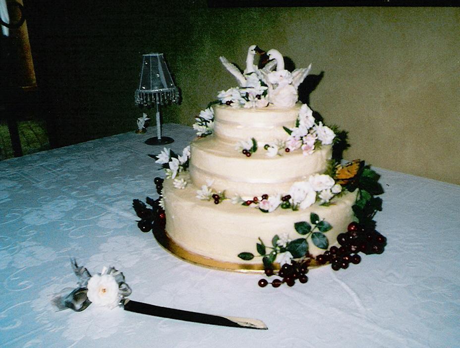 Wedding cake Swan Lake.