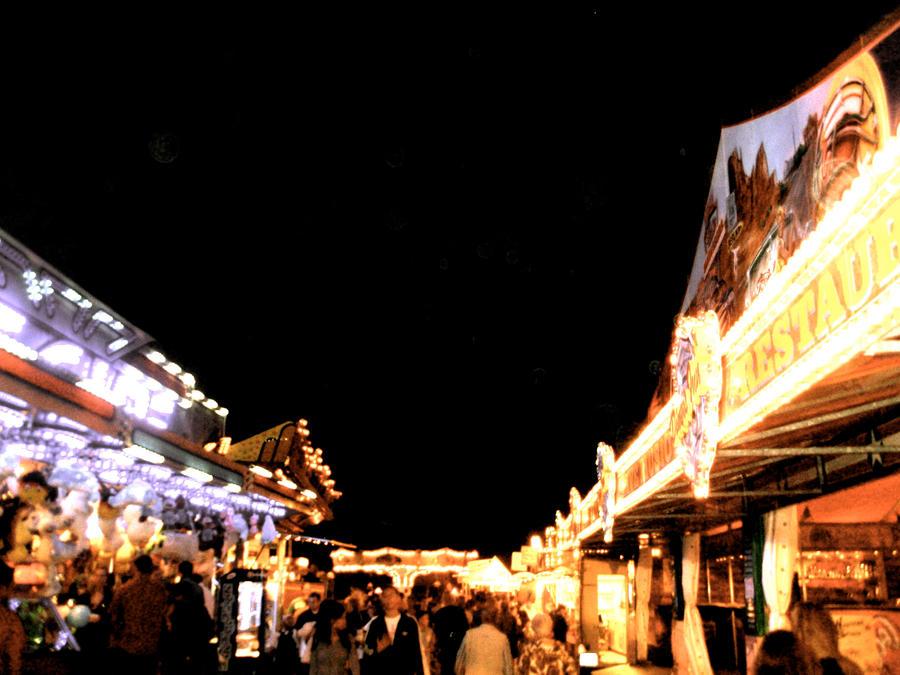 Midnight fair by MidnightOfRain