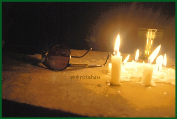 Plamen  svece Night_By_Night_by_pinkrickshaw