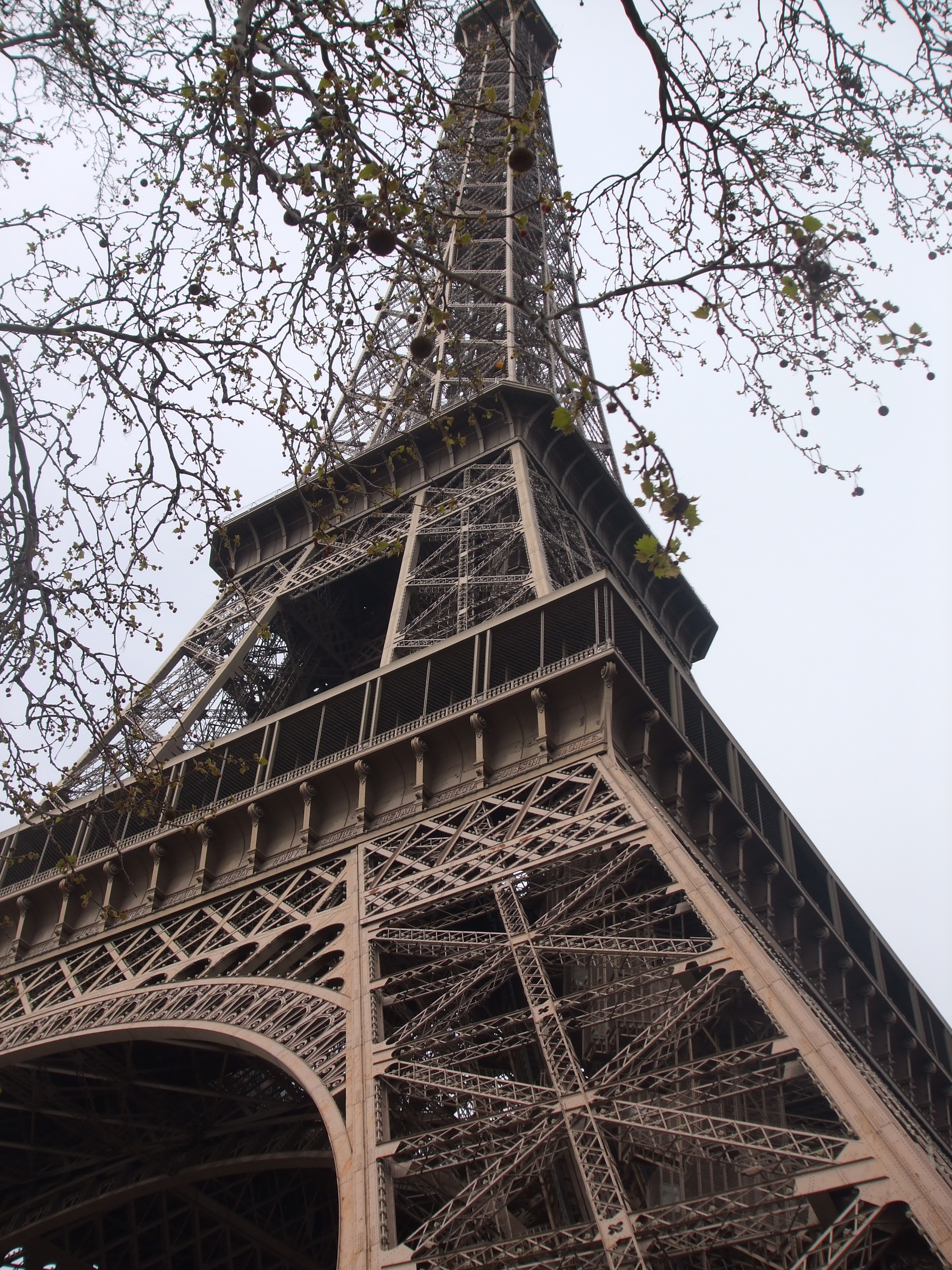 eiffel tower by eoghan153 on DeviantArt