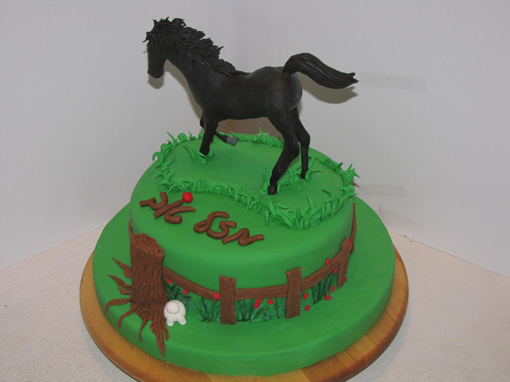 Cake Decorating Horseshoes : Handsculpted Fondant Horse Cake by mysweetstop on DeviantArt