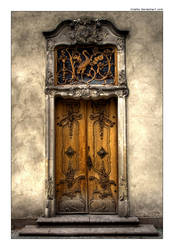 The Door by iciatko