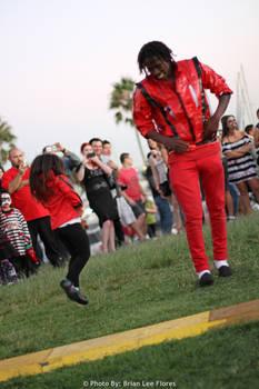 Zombie Walk - Thriller Michael Jackson