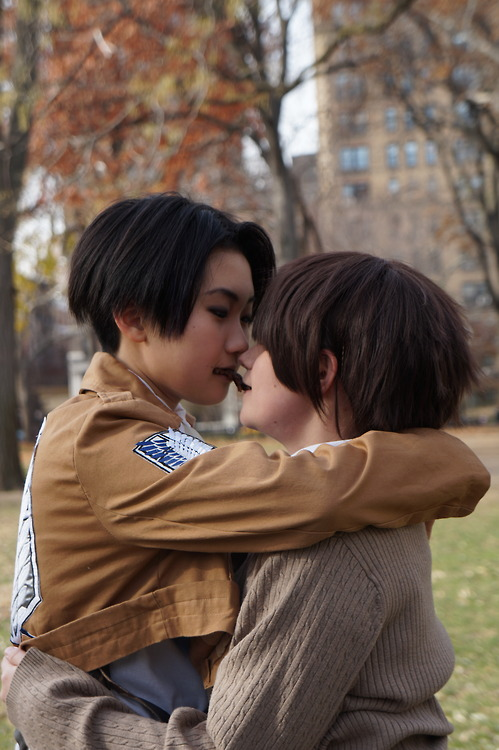 Cookie Kiss - Eren and Levi by KitsuneLolita