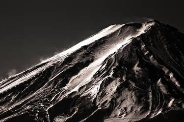 Black Fuji II by MrTokyo
