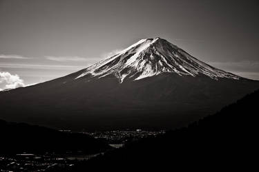 Black Fuji V by MrTokyo