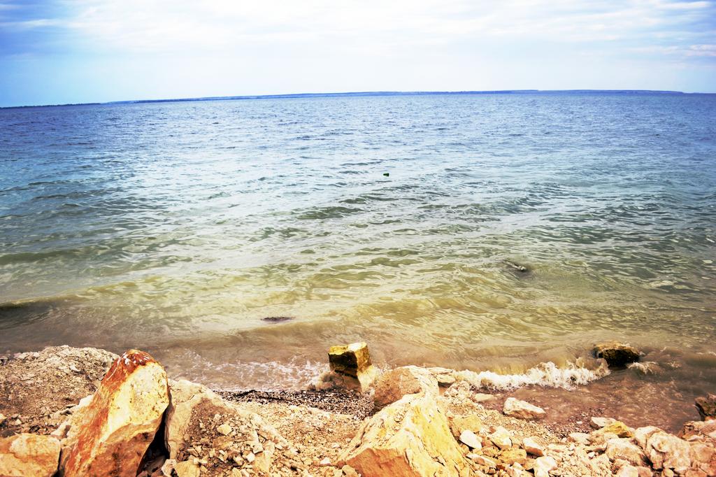 Sea by Teplyshko-chan