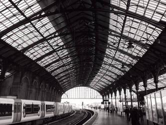Platform 5 by jarsonic