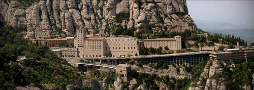Panorama Montserrat by Muuzert