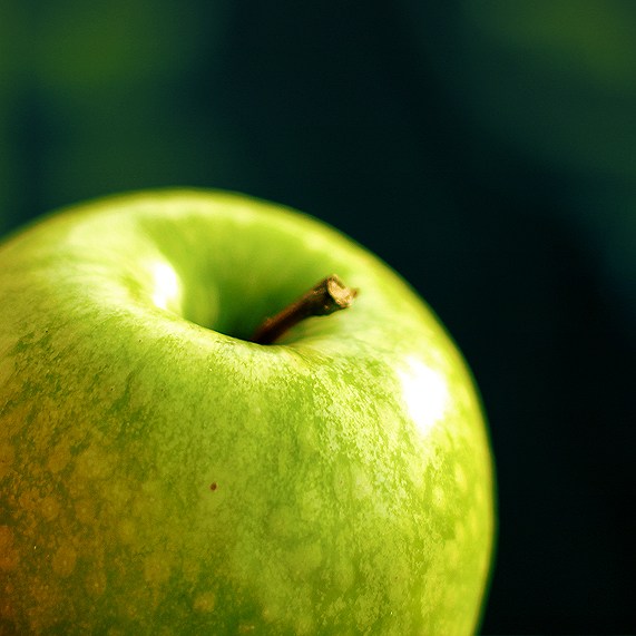 Green Apple by napster89