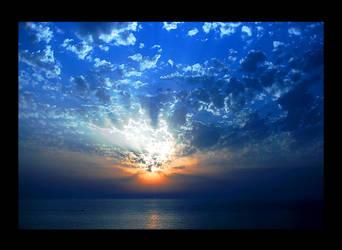 My Blue Paradise by nanoplatine