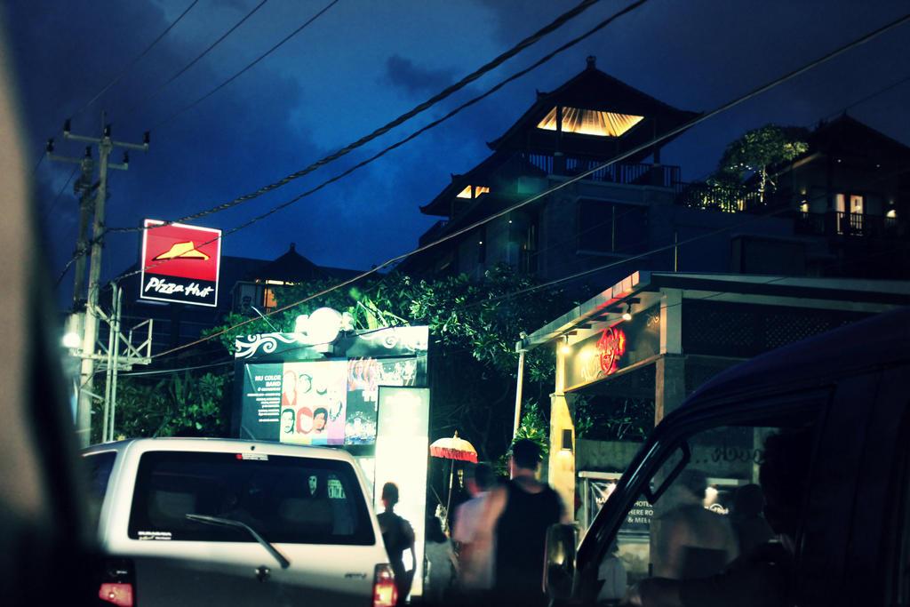 Kuta Bali by afifahzahwa