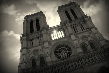 Cathedrale Notre Dame de Paris by black-amber