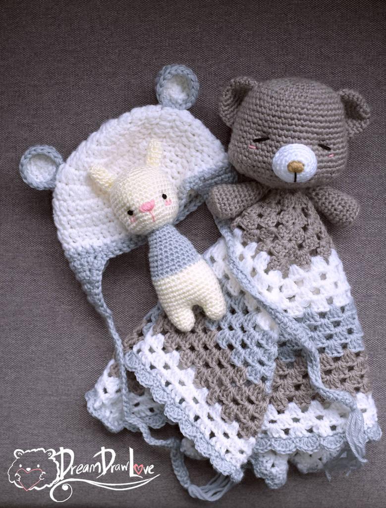 Snuggle blanket, baby bear beanie, rabbit toy ratt by Loilie