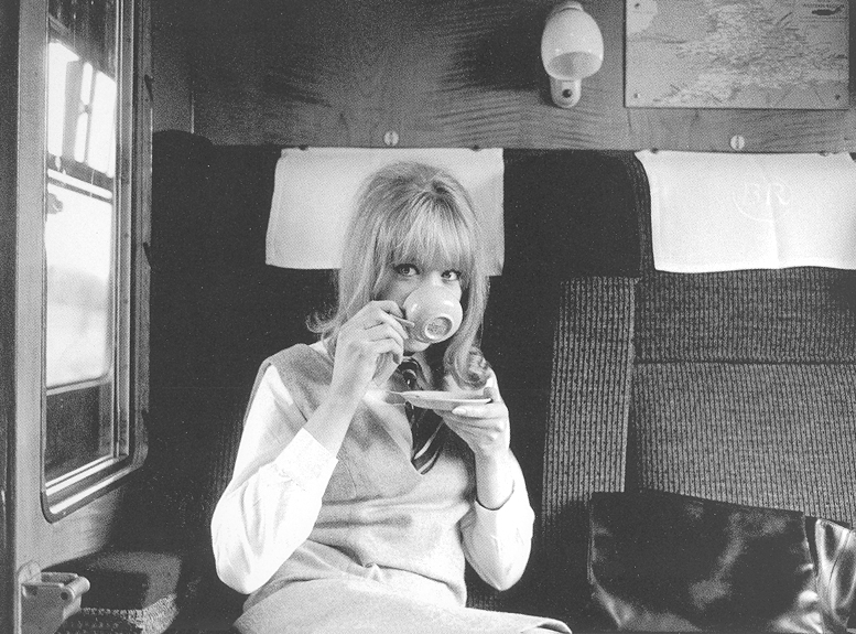 pattie_boyd__d_by_xmrspaulinamccartney-d3i0utf.jpg
