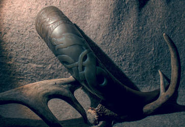 Carved drinking horn by Aavikko9