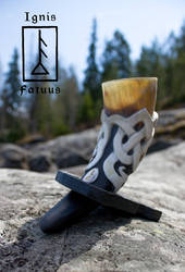 Dragonknots drinking horn by Aavikko9