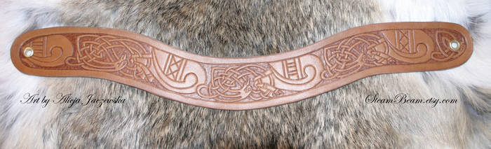 Eadfrith - leather choker