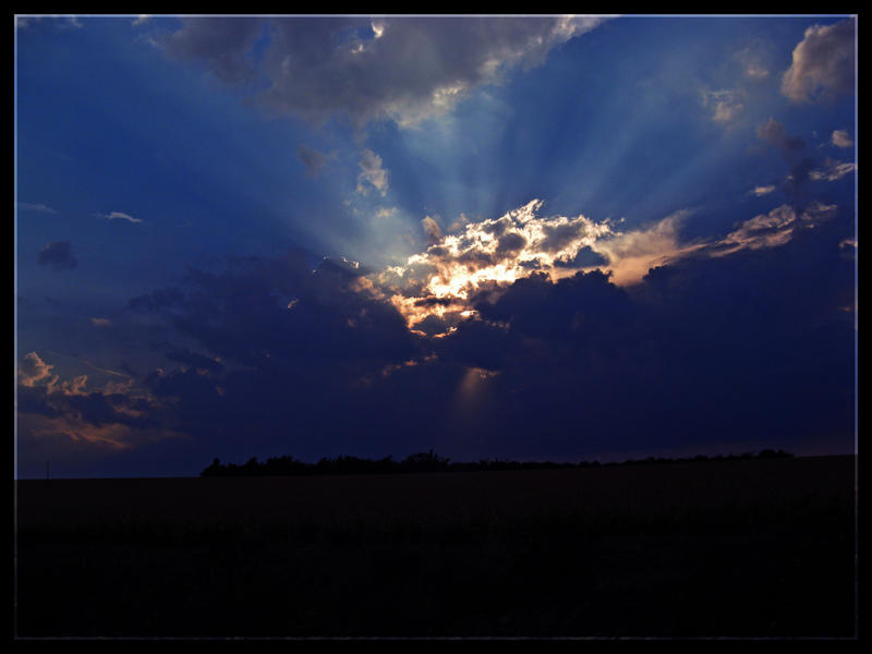 A Kansas Sky by stwin