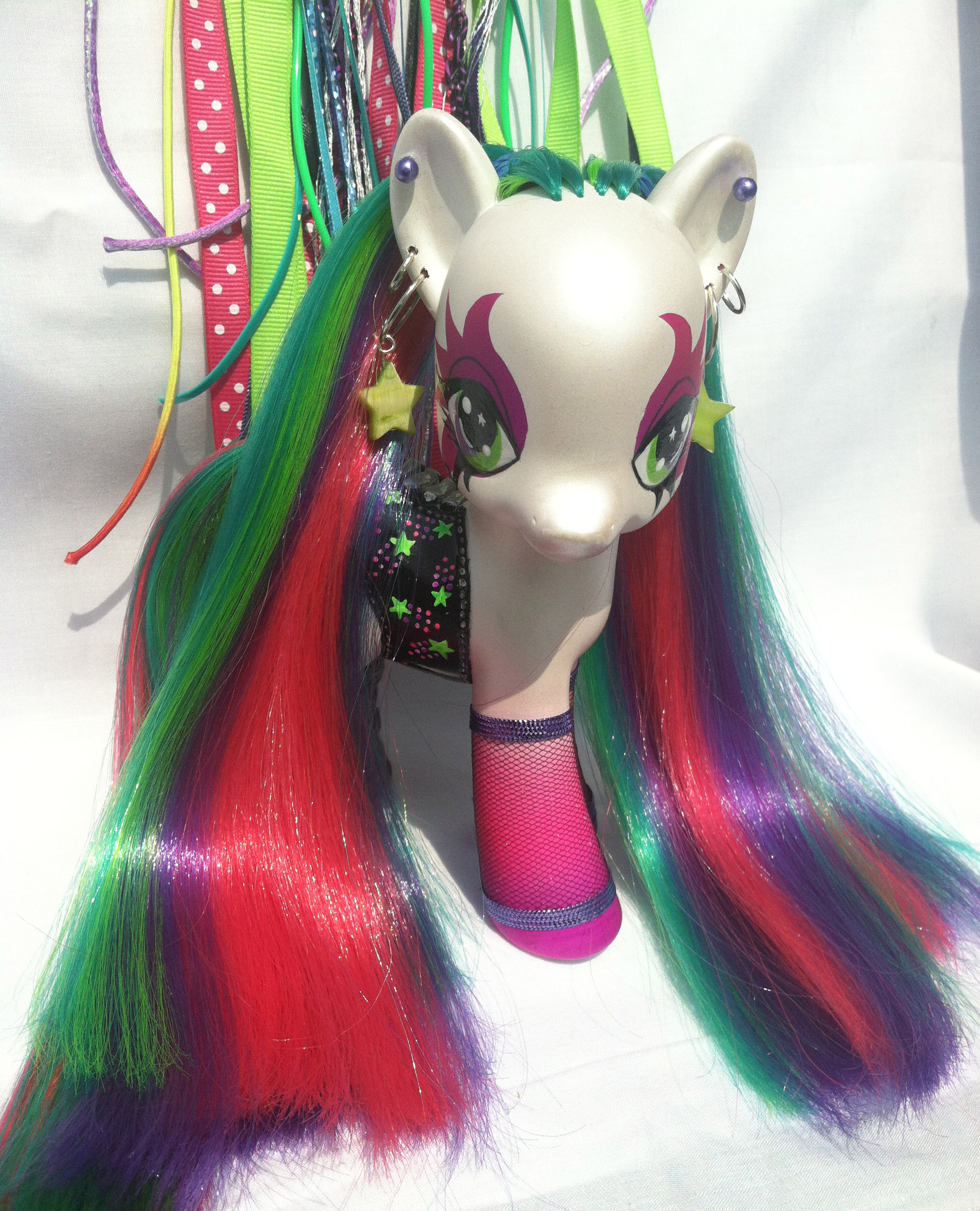 Pop Star - No Hair Falls by Seraph-Lena