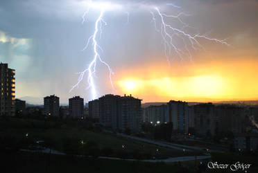 Lightning by realtolife