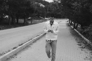 Walking on Empty Roads by realtolife