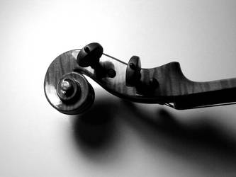 Jay Haide Violin Scroll by kineticdesign