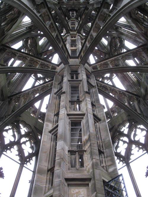 Kirchen Turm by Kalriem