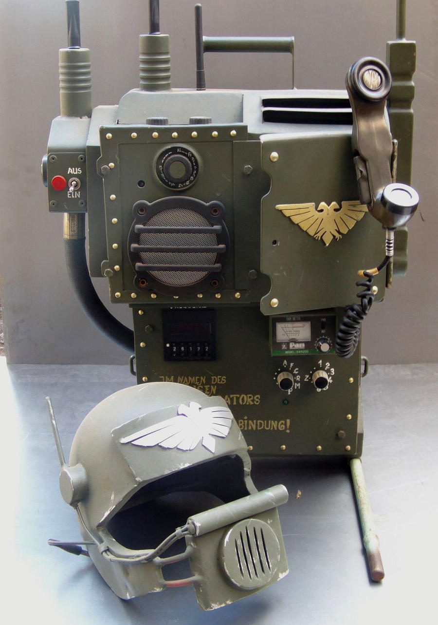 Cadian radio and operator helmet by ElysianTrooper