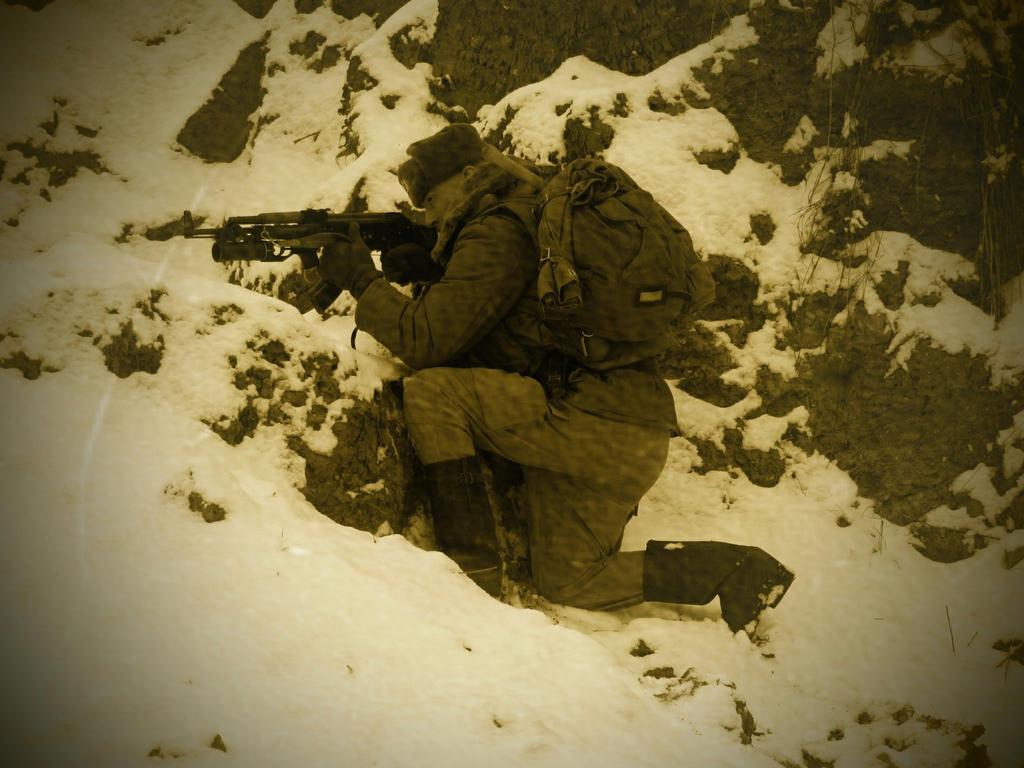 Soviet Soldier by ElysianTrooper