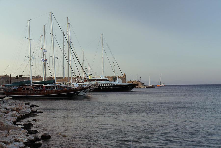 Boats 2 by Morskaya-aka-Umino