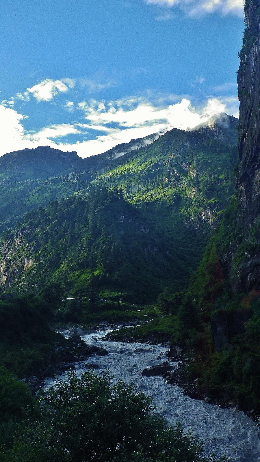 Himalayan Heaven by ElliographyCope