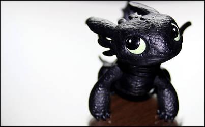 My new Toothless figure by Jontukka