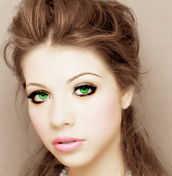 Michelle Trachtenberg by SoftDusk