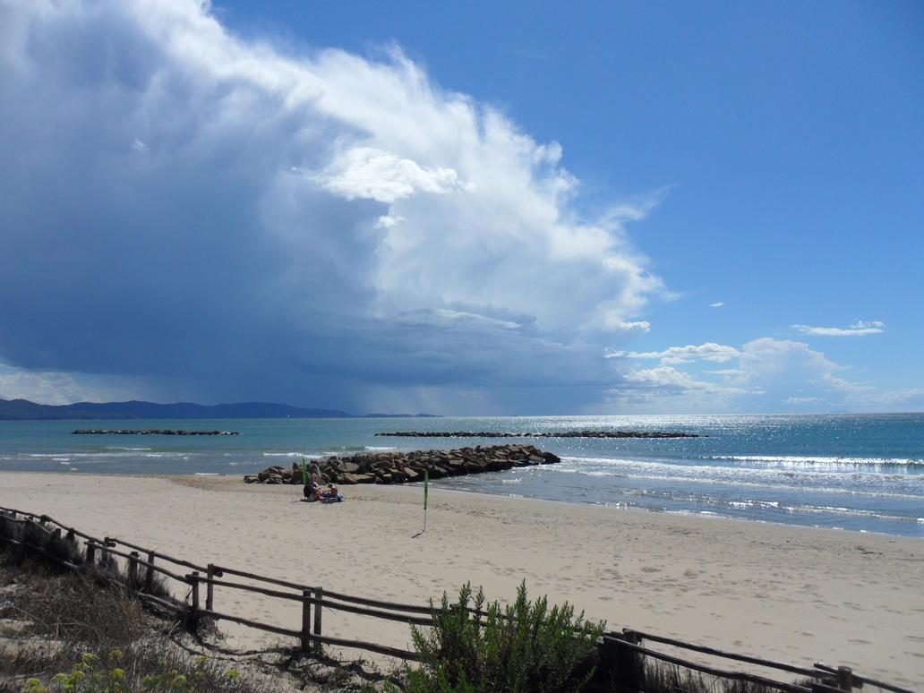 Follonica Beach by CrowMuffin
