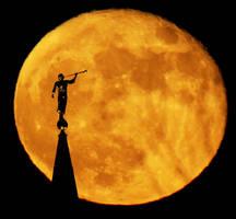 Moon by Lhotse5
