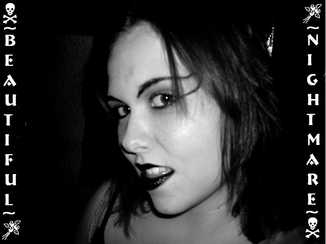 XsweetlyXinnocentX's Profile Picture