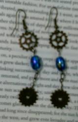 Steampunk earrings by queenpili