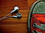 Converse Loves The Music by sHuNgUlLoOvE