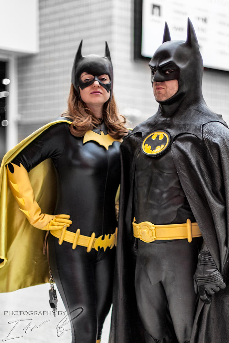 Batman and Batgirl - LSCC 2013 by methosivanhoe