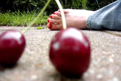"""Obrázek """"http://fc05.deviantart.com/fs21/f/2007/278/2/8/sweet_murder_by_bluenightsofsuburbia.jpg"""" nelze zobrazit, protože obsahuje chyby."""