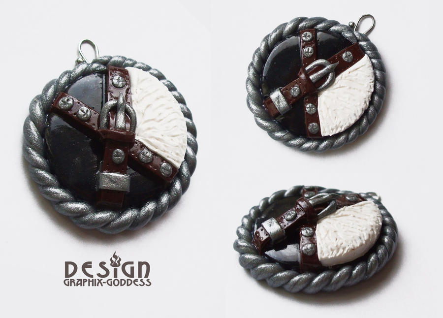 Squall leonhart final fantasy viii clay pendant by graphix goddess mozeypictures Gallery