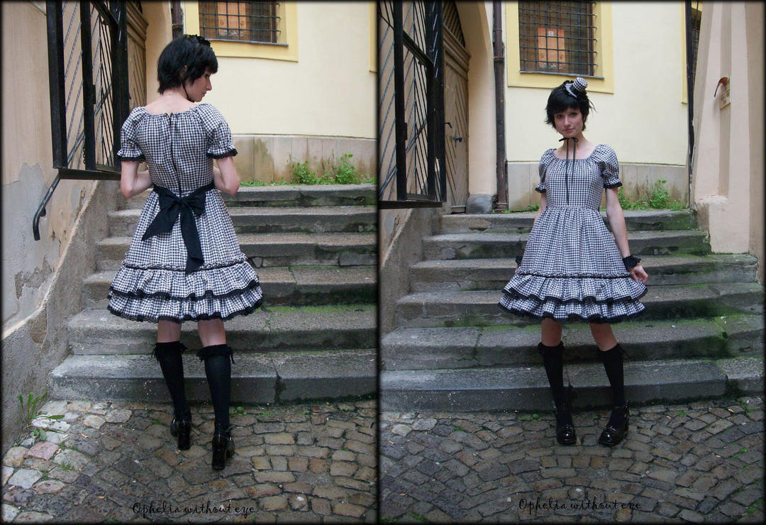 First handmade lolita dress by TaurwenVanima