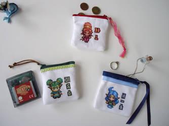 Cross stitch goddesses of Hyrule purses by Miloceane