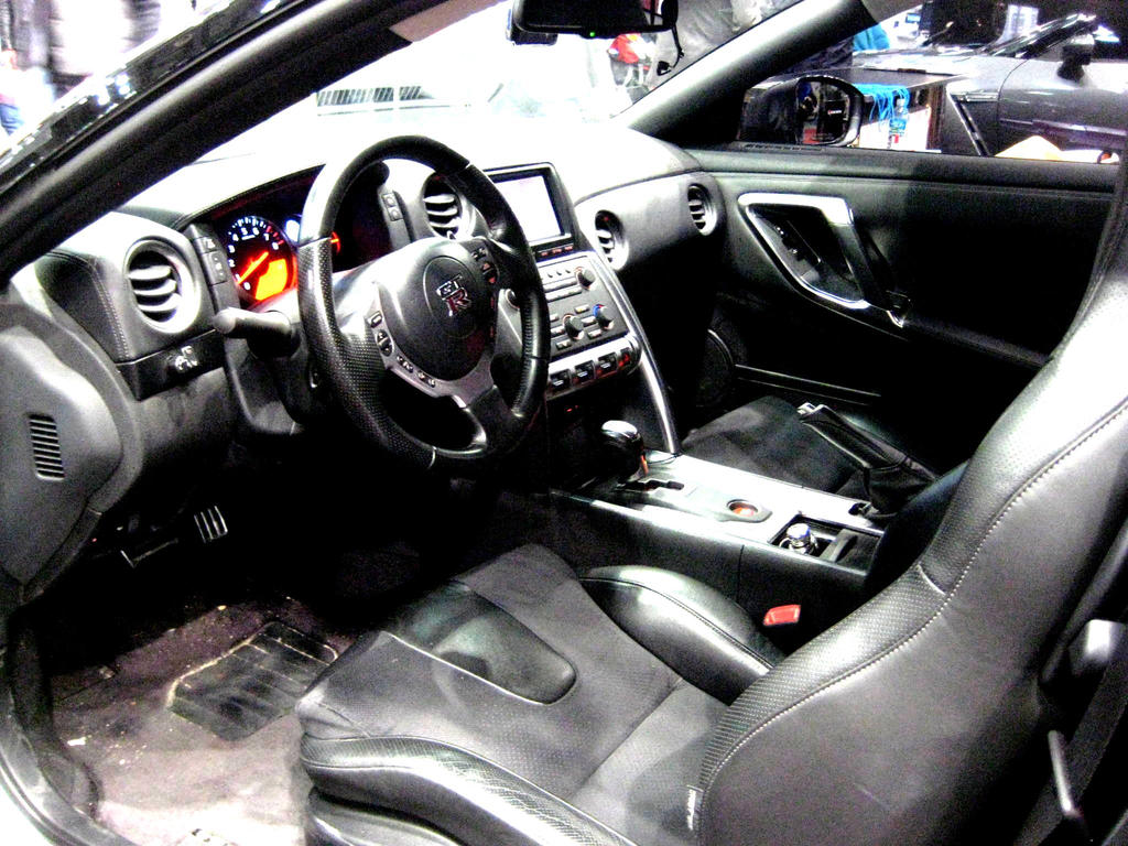 Nissan GTR Interior by toyonda