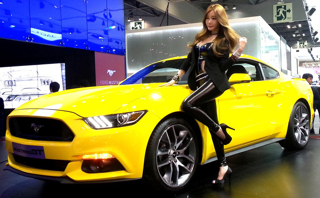 how much will the 2015 ford mustang 50th anniversary edition autos post. Black Bedroom Furniture Sets. Home Design Ideas