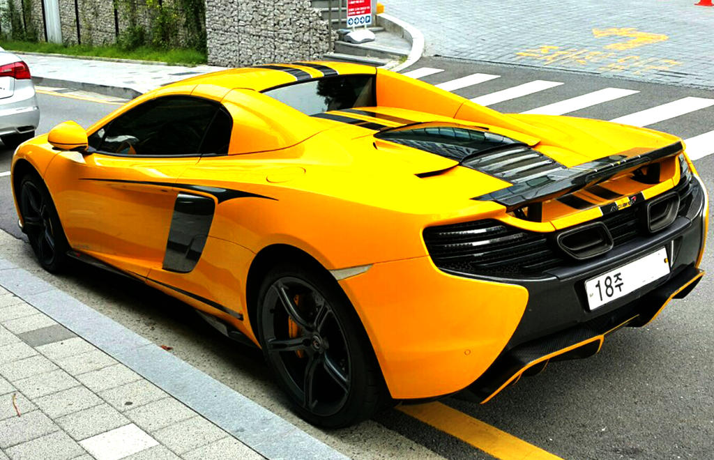 Yellow Exotic Spyder by toyonda