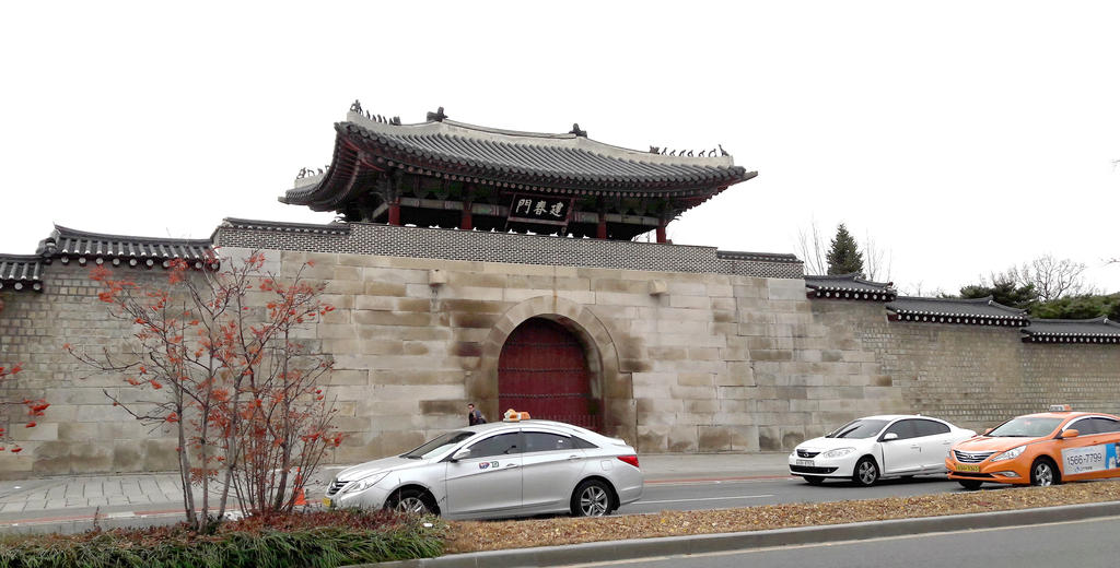 Kyungbok Palace, Gwanghwa-Mun, Korea by toyonda