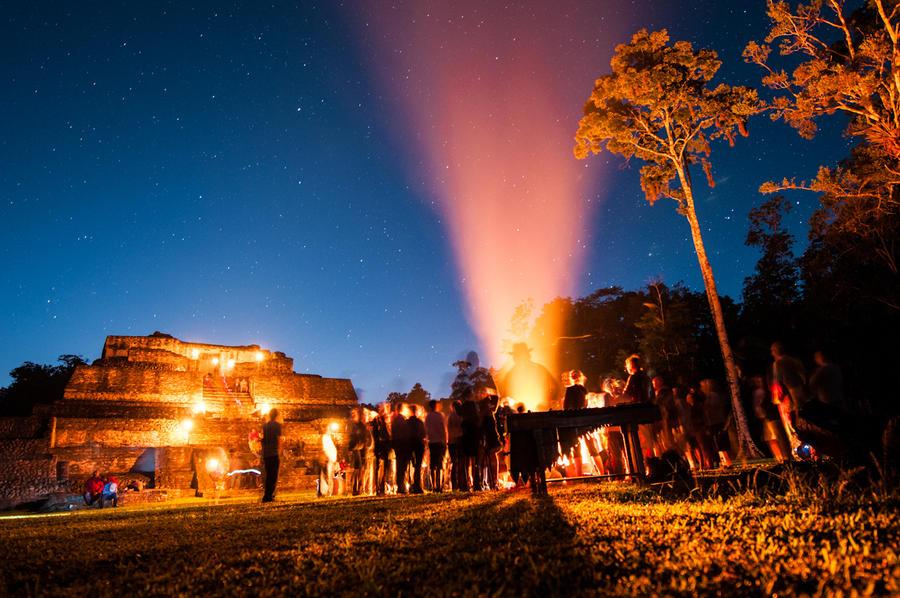 Caracol Mayan Ritual 2012 by SantiBilly
