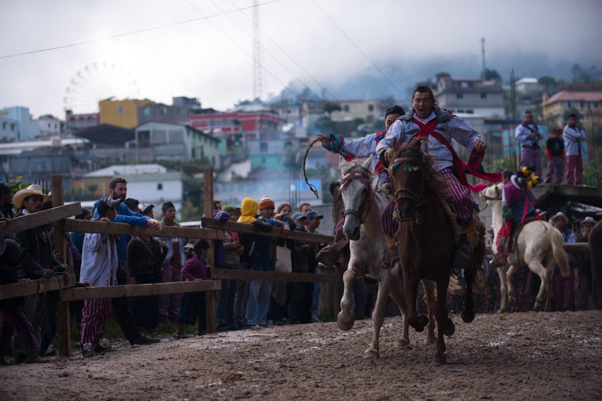 Carrera de Caballos Todos Santos Cuchumatan by SantiBilly